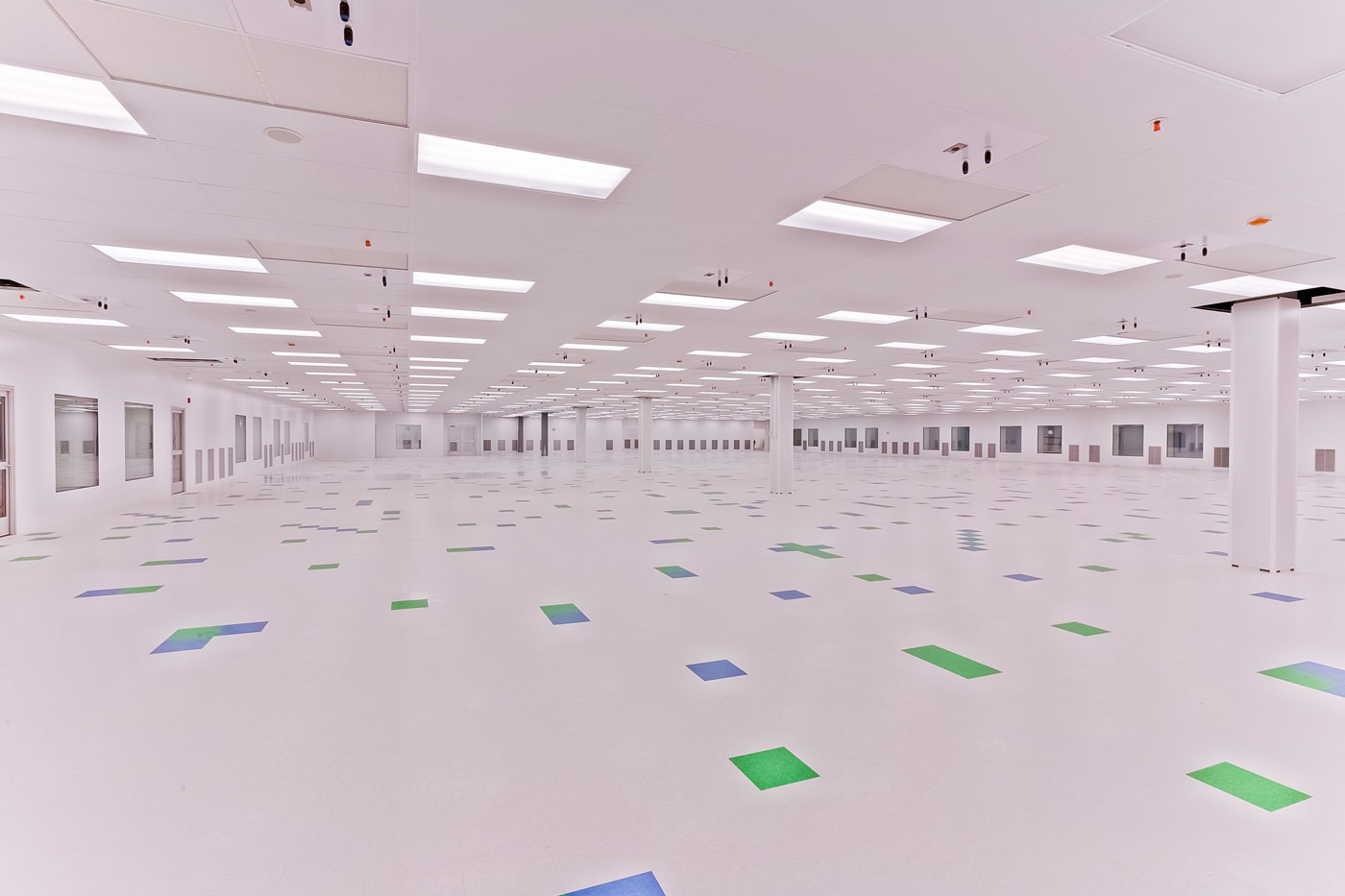 Manufacturing An Iso 8 Clean Room System For Medical
